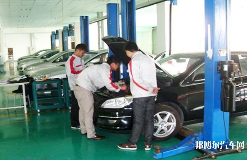 四川经济贸易汽车学校2019年报名条件、招生对象