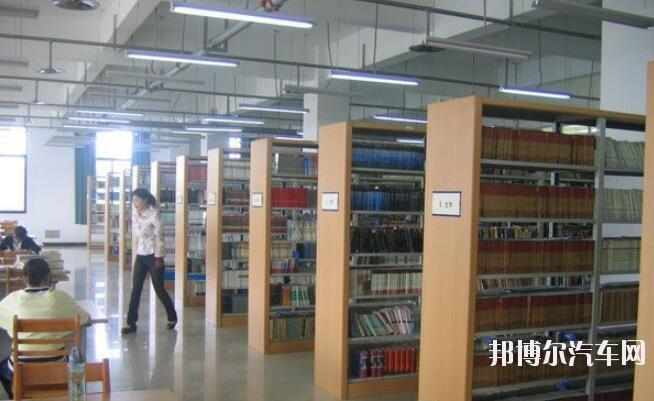 河南林业汽车职业学院是几专